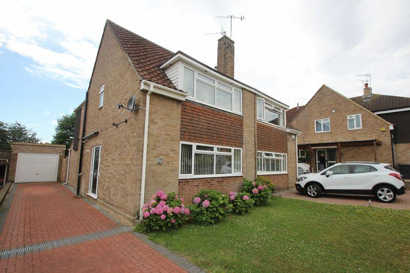 3 Bedrooms Semi Detached House for sale in Framley Road, Tonbridge