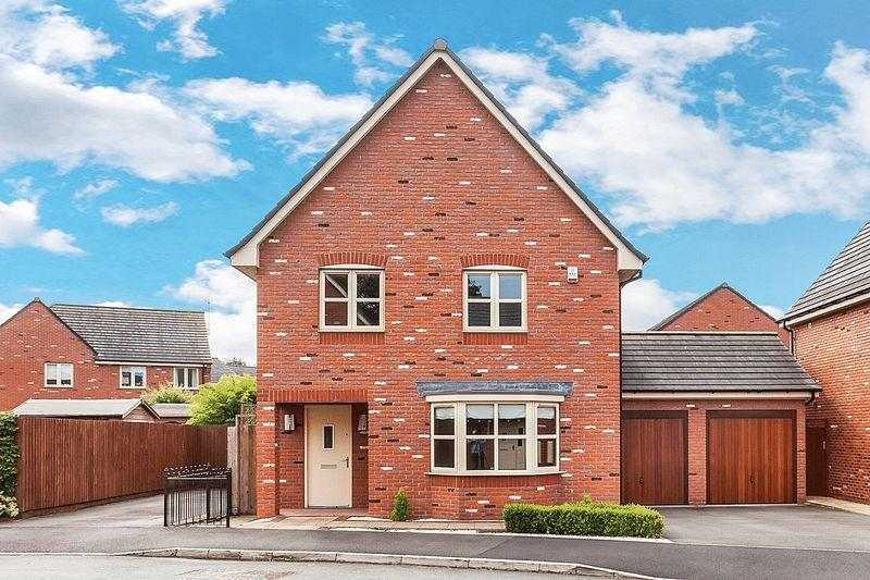4 Bedrooms Detached House for sale in Campion Place, Astbury, Congleton