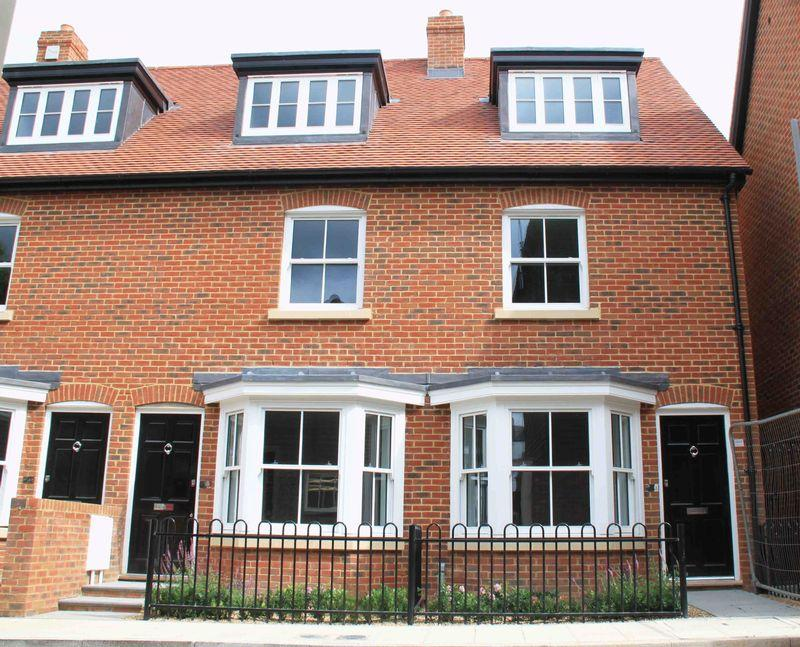 3 Bedrooms Town House for sale in City Centre