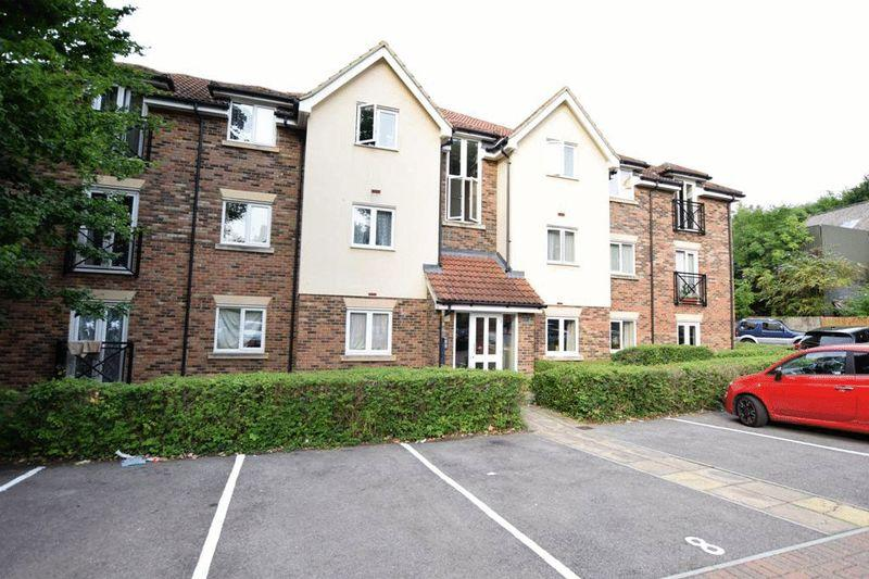 2 Bedrooms Apartment Flat for sale in Harris Place, Maidstone
