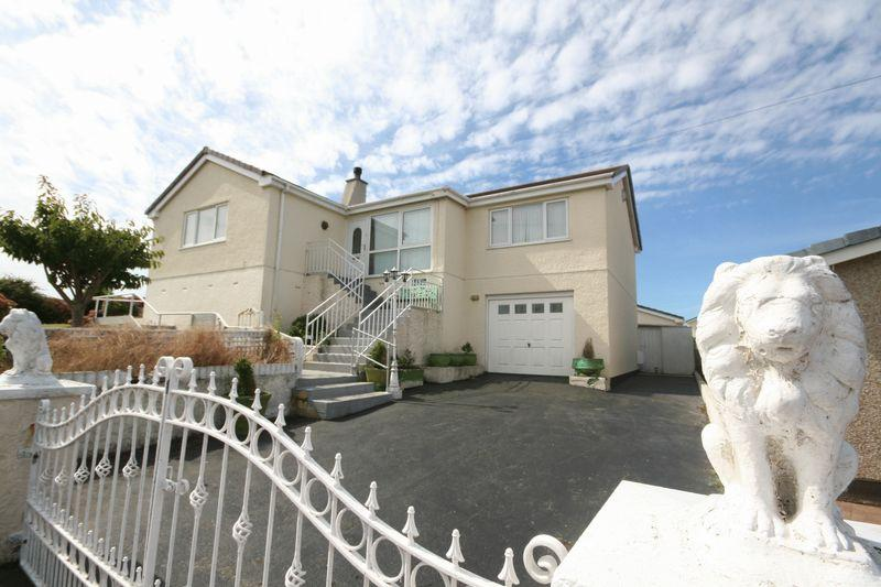 3 Bedrooms Detached Bungalow for sale in Harbour View, Holyhead, Anglesey