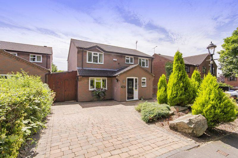 4 Bedrooms Detached House for sale in SINFIN MOOR LANE, CHELLASTON
