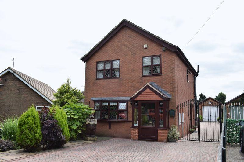 3 Bedrooms Detached House for sale in Redcombe Lane, Brigg