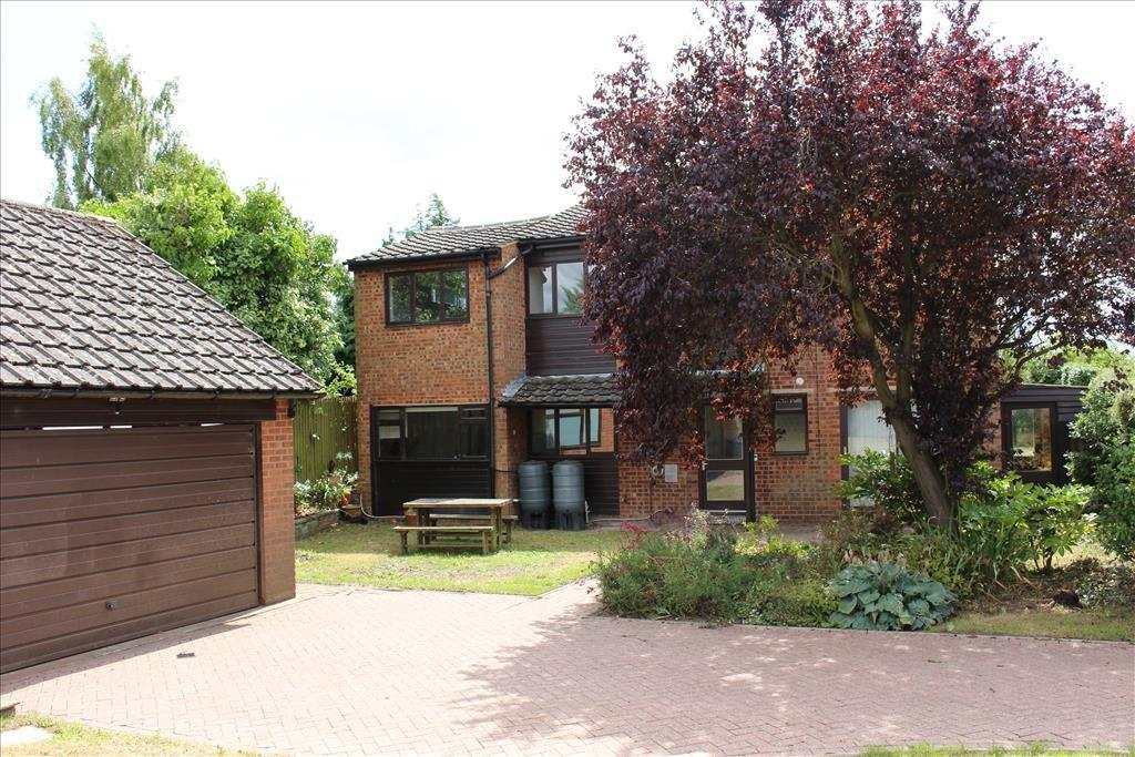 4 Bedrooms Detached House for sale in Fox Hill Road, GUILDEN MORDEN, SG8