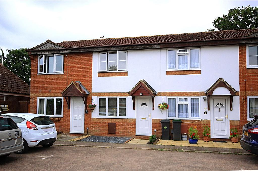 2 Bedrooms Terraced House for sale in Upperstone Close, STOTFOLD, SG5