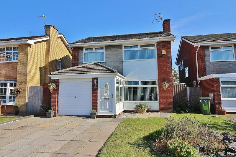 3 Bedrooms Detached House for sale in Harbury Avenue, Ainsdale