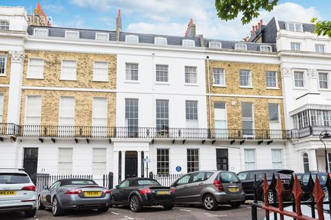 3 bedroom apartment for sale - Sussex Square, Brighton, BN2