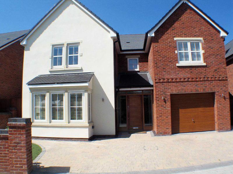 4 Bedrooms Detached House for sale in The Rowans, Greenhalgh