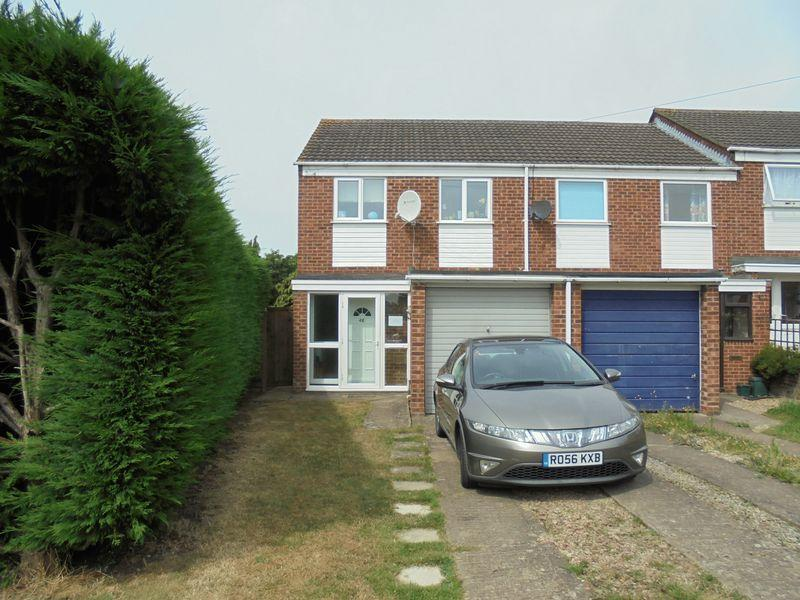 3 Bedrooms Terraced House for sale in Long Eights, Northway, Tewkesbury
