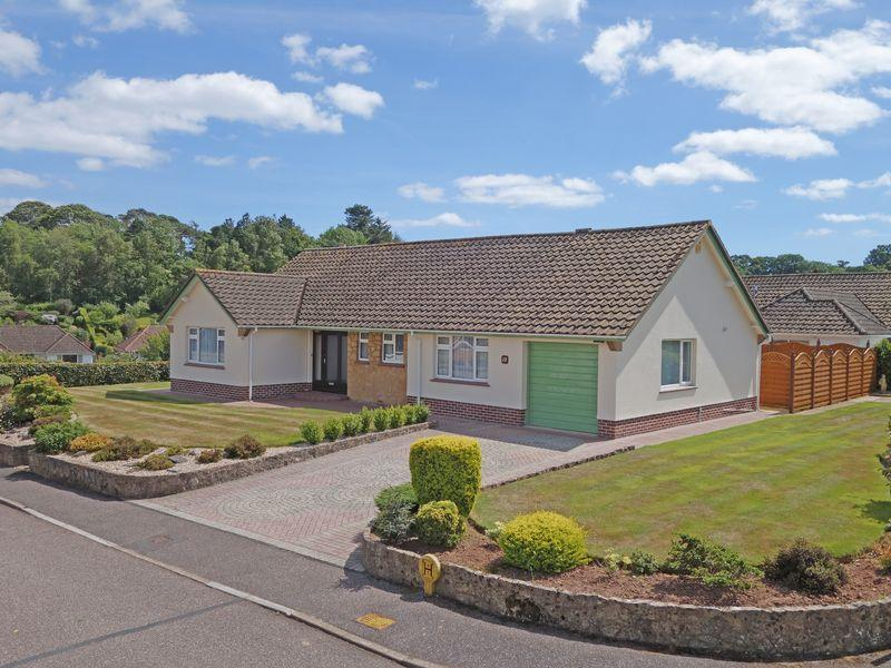 2 Bedrooms Detached Bungalow for sale in Woolbrook Park, Sidmouth
