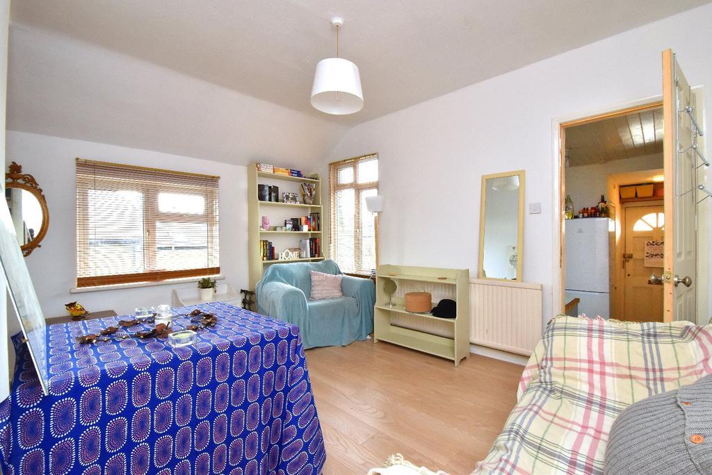 1 Bedroom Maisonette Flat for sale in Beckenham Lane
