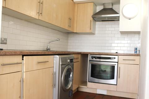 3 bedroom flat to rent - Burleigh Court, Cavendish Place, Brighton BN1
