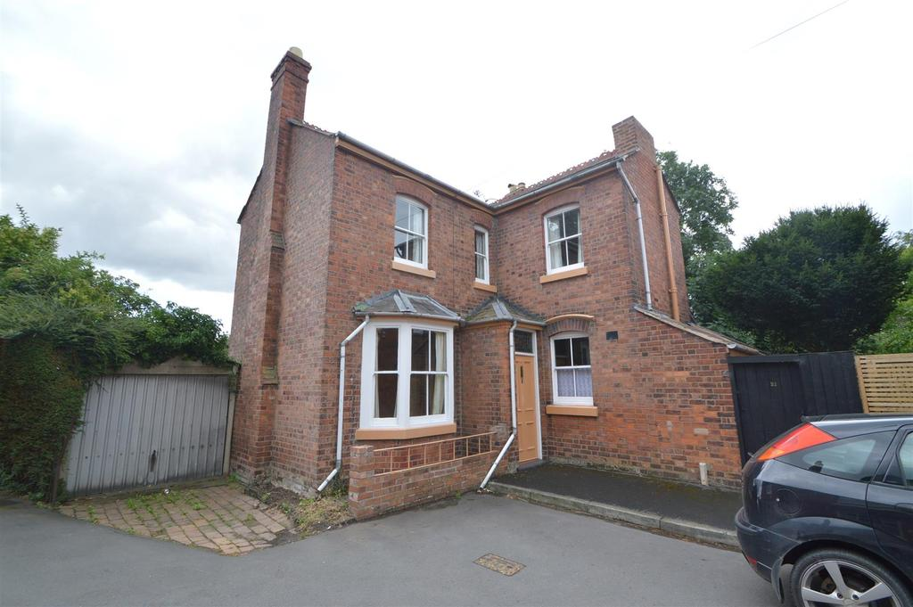 3 Bedrooms Detached House for sale in 21 Montague Place, Belle Vue, Shrewsbury SY3 7NF