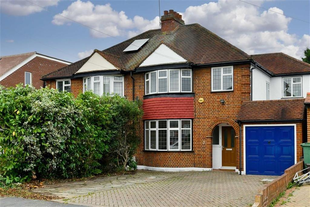 4 Bedrooms Semi Detached House for sale in The Mount, Worcester Park, Surrey