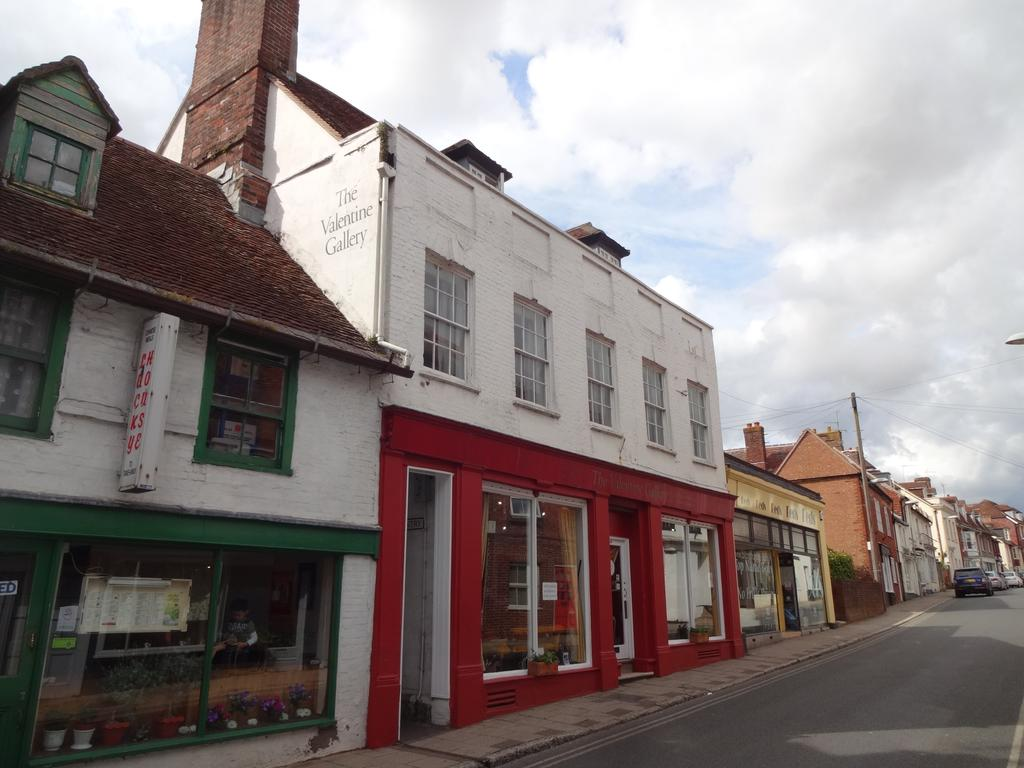 1 Bedroom Flat for sale in Salisbury Street, Blandford Forum DT11