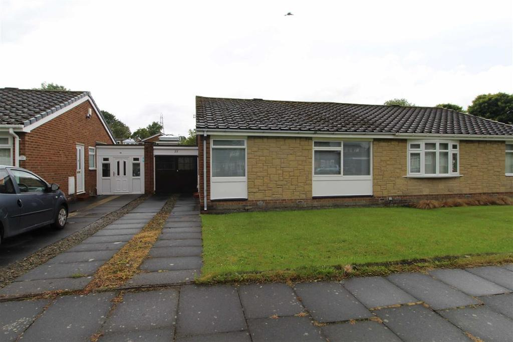2 Bedrooms Semi Detached Bungalow for sale in Falsgrave Place, Whickham, Newcastle Upon Tyne