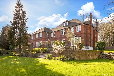 7 bedroom detached house to rent - Hampstead Lane, London, N6