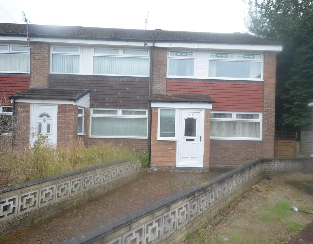 3 Bedrooms End Of Terrace House for sale in Amberwood Drive, Baguley, Manchester M23