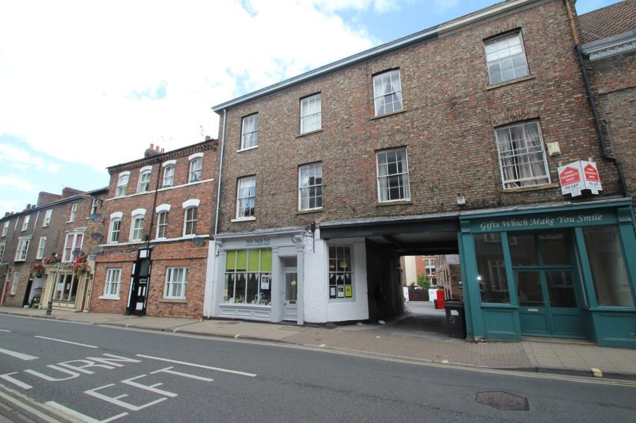 2 Bedrooms Flat for sale in MELROSES YARD, WALMGATE, YORK, YO1 9XF