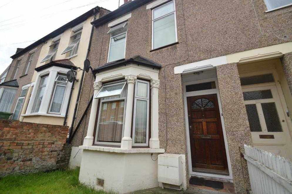 3 Bedrooms Terraced House for sale in Coleman Road, Belvedere DA17