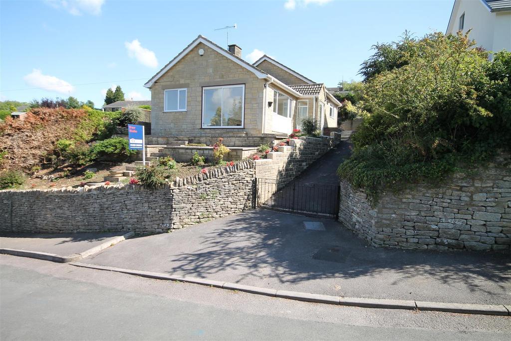 3 Bedrooms Bungalow for sale in St. Chloe, Amberley, Stroud