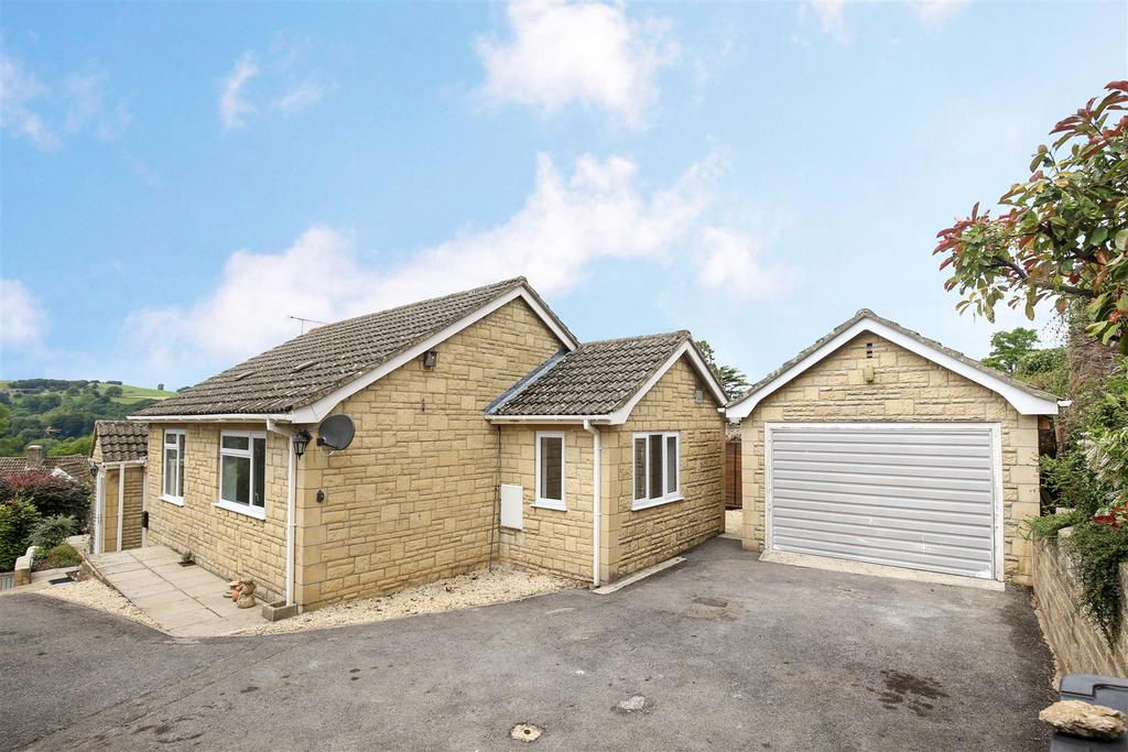 3 Bedrooms Detached House for sale in St. Chloe, Amberley, Stroud