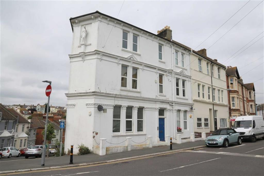 2 Bedrooms Maisonette Flat for sale in Manor Road, Hastings