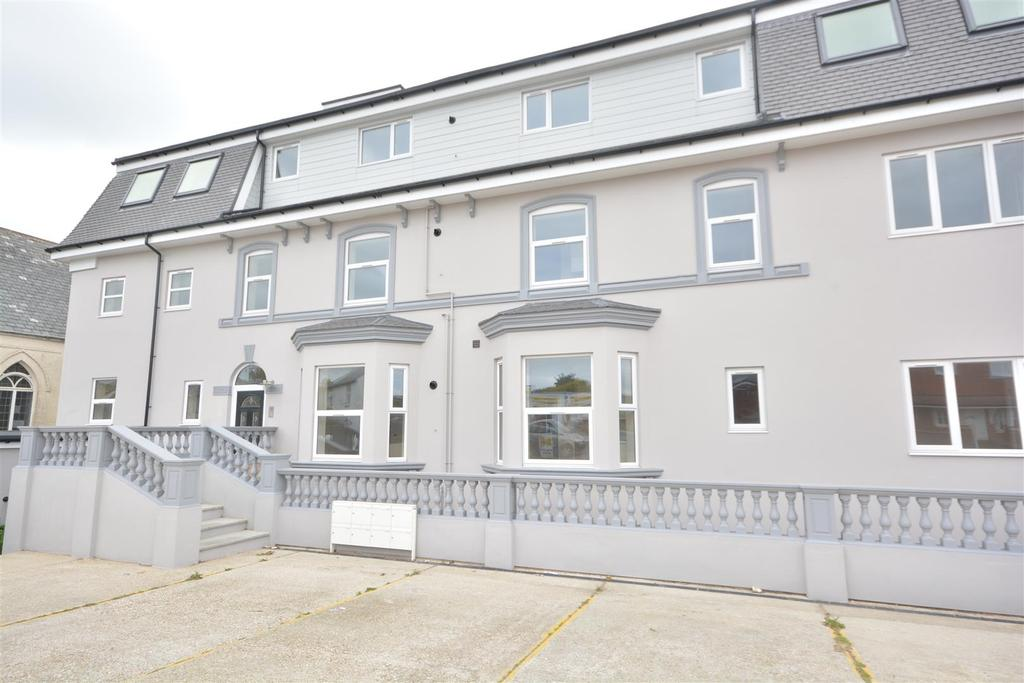 3 Bedrooms Flat for sale in The Ridge, Hastings