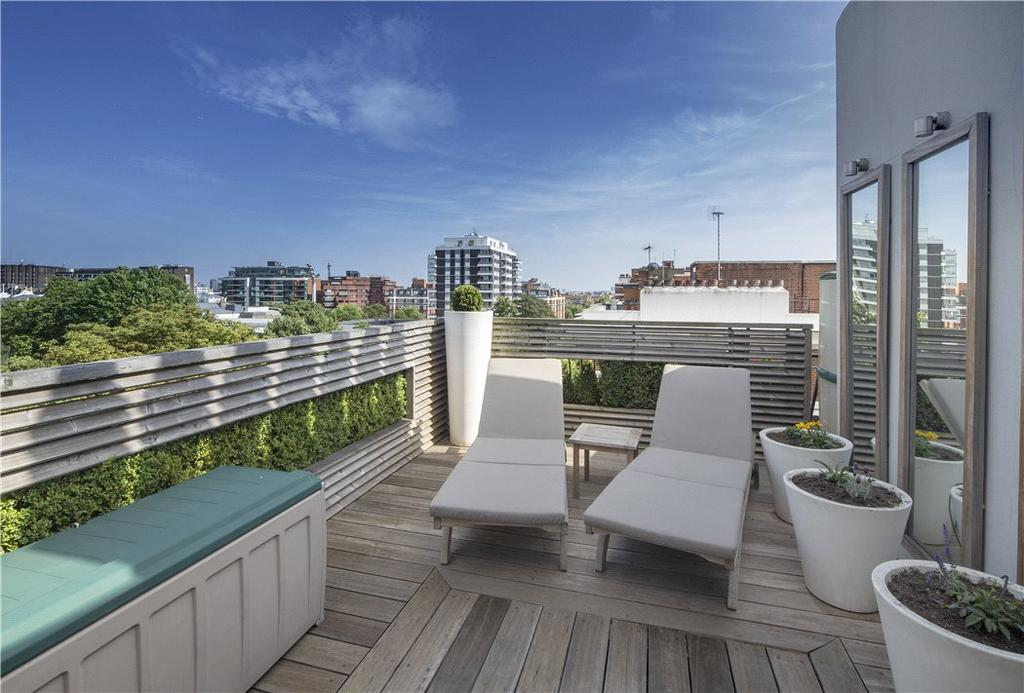 2 Bedrooms Penthouse Flat for sale in Ascot Court, Grove End Road, London, NW8