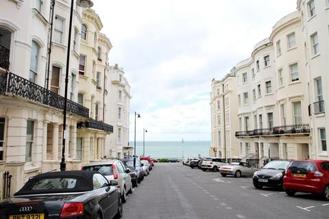 2 bedroom flat to rent - Chesham Place, Kemp Town