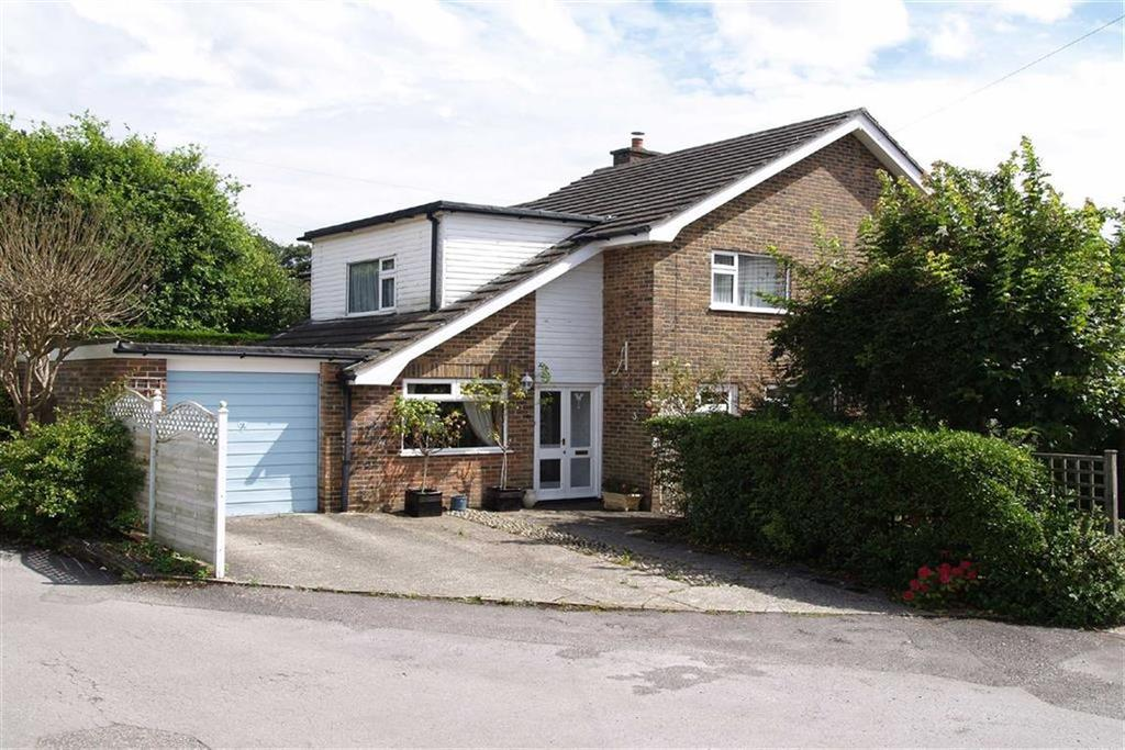 4 Bedrooms Detached House for sale in Chesholt Close, Fernhurst, Haslemere, Surrey, GU27