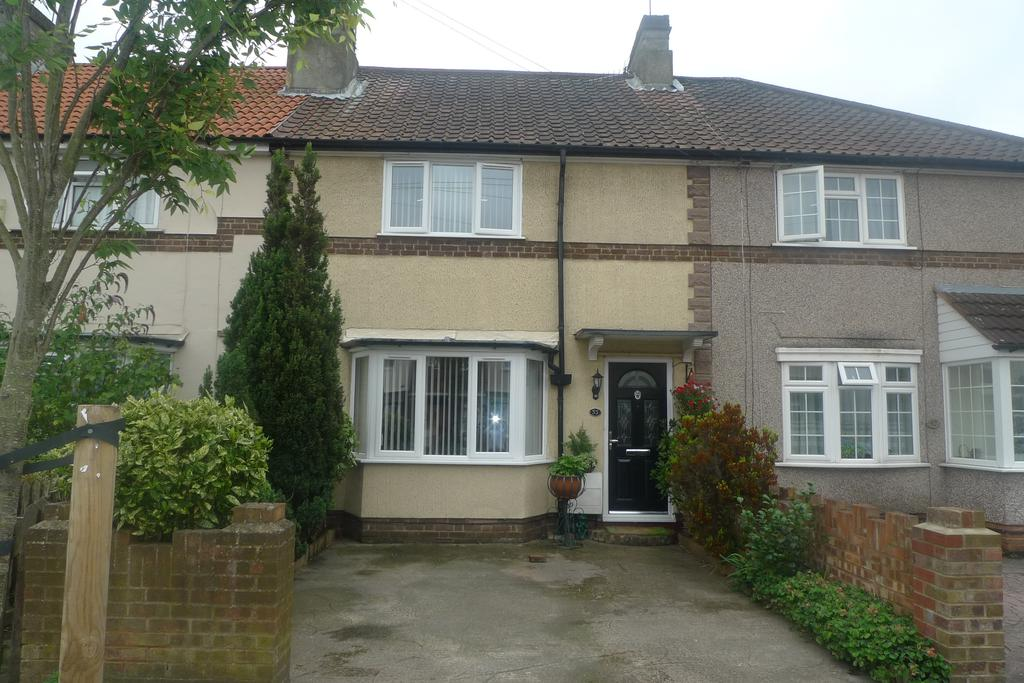 2 Bedrooms Terraced House for sale in Longford Road, Whitton TW2