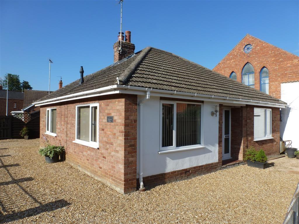 2 Bedrooms Detached Bungalow for sale in Victoria Place, Bourne, PE10