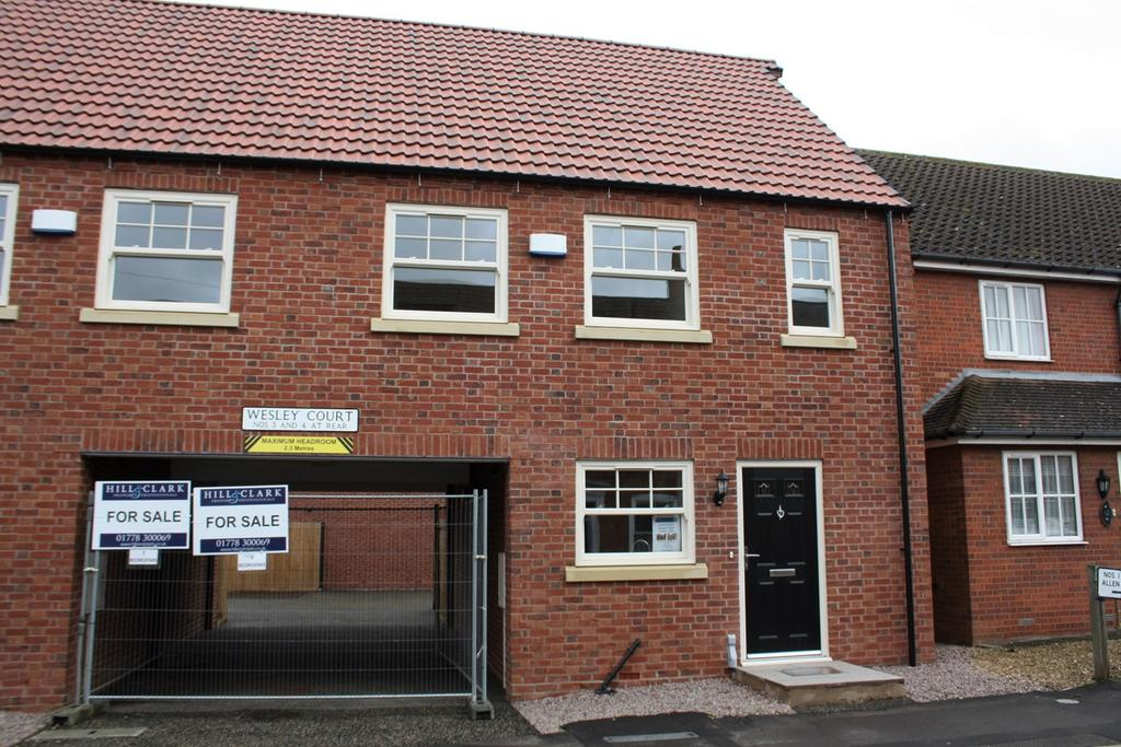 3 Bedrooms Semi Detached House for sale in Wesley Court, Billingborough, NG34