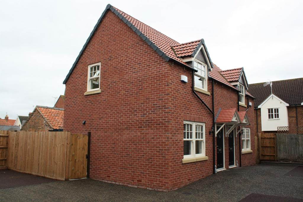 2 Bedrooms Semi Detached House for sale in Wesley Court, Billingborough, NG34
