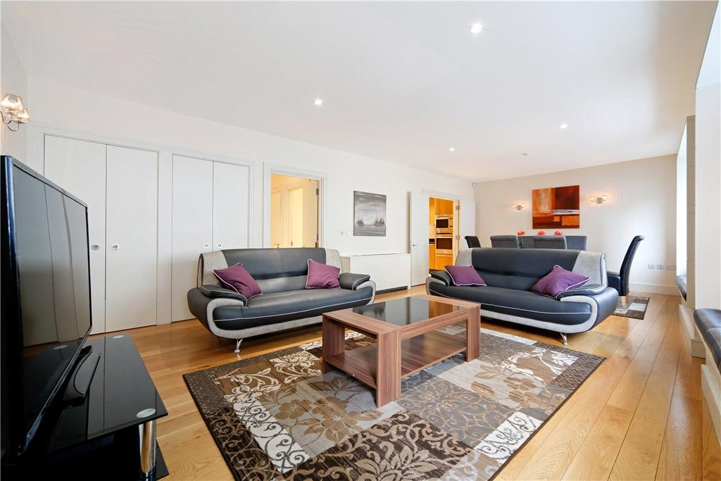 2 Bedrooms Apartment Flat for sale in Curzon Square, London, W1J