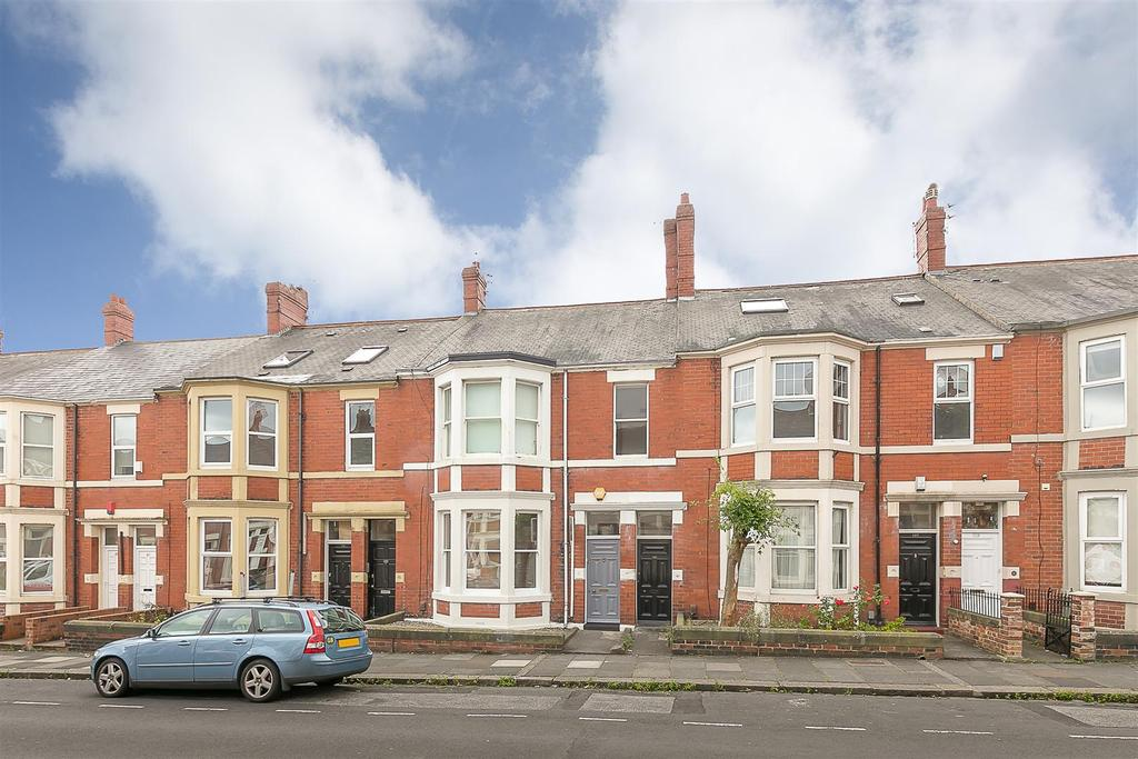 3 Bedrooms Flat for sale in Shortridge Terrace, Jesmond, Newcastle upon Tyne