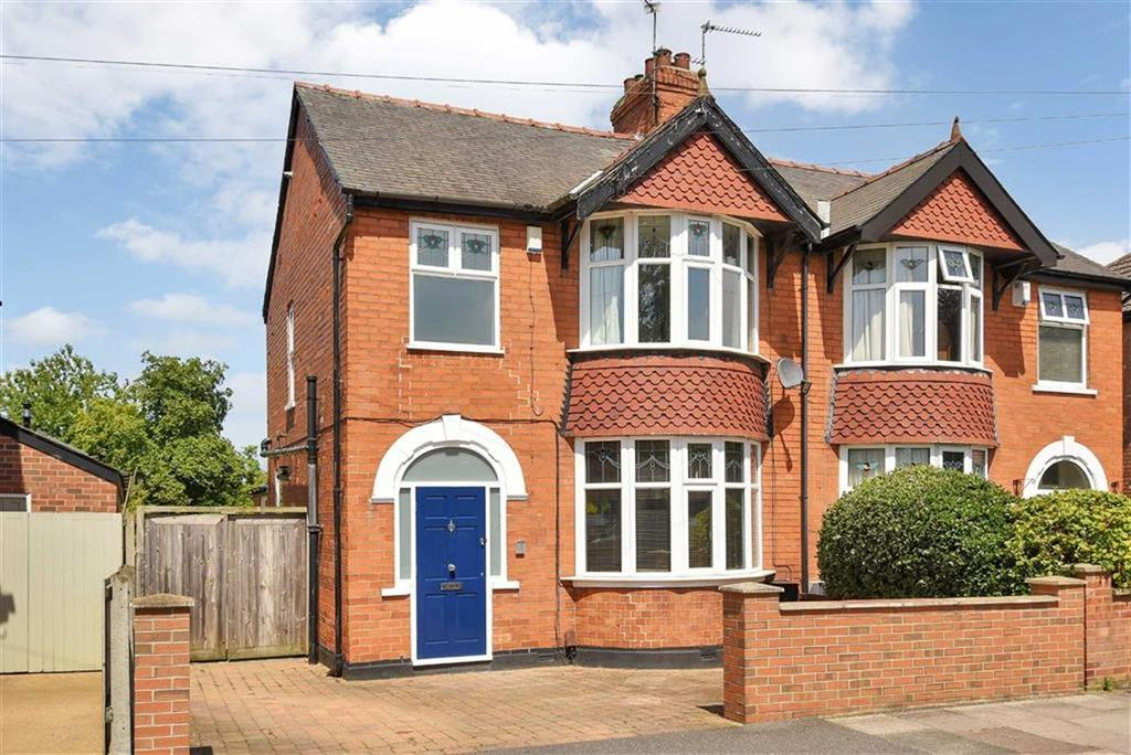 3 Bedrooms Semi Detached House for sale in Mount Street, Lincoln, Lincolnshire