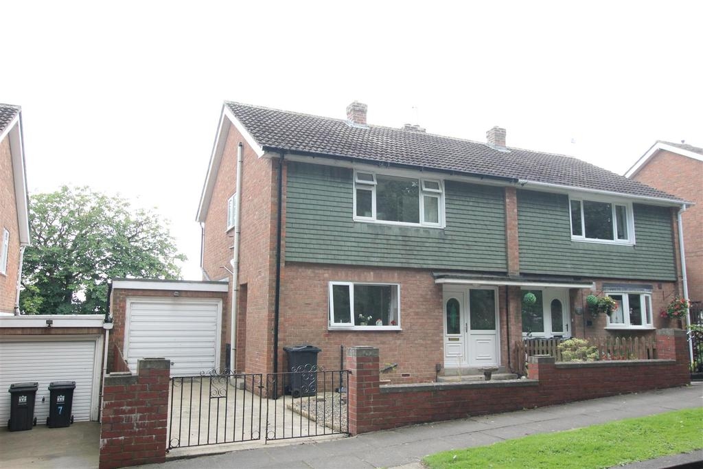 3 Bedrooms Semi Detached House for sale in Beech Road, Darlington