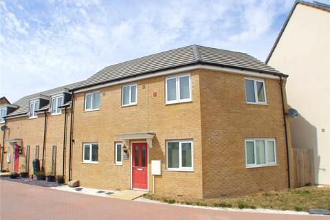 3 bedroom semi-detached house for sale - Hercules Way, Peterborough, Cambridgeshire, PE2