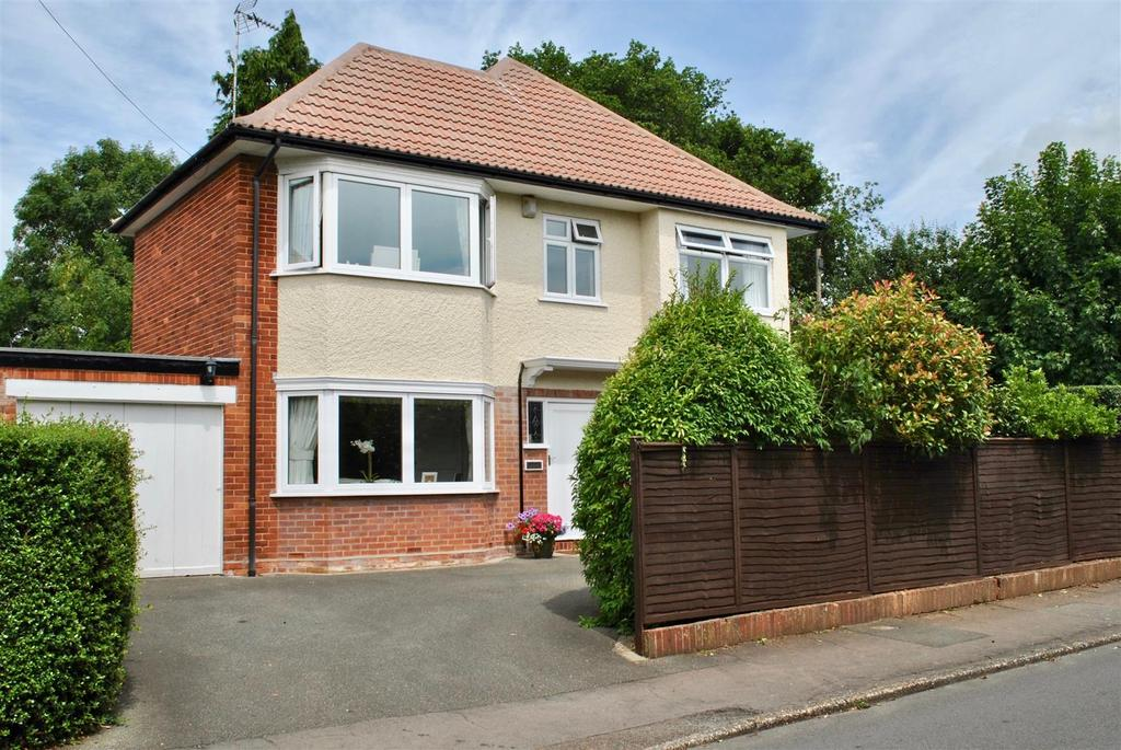 4 Bedrooms Detached House for sale in Turner Road, Taunton