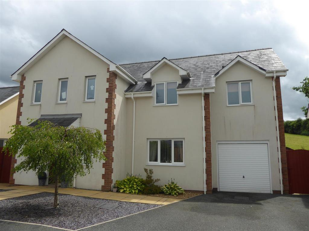3 Bedrooms House for sale in Bryn Steffan, Lampeter