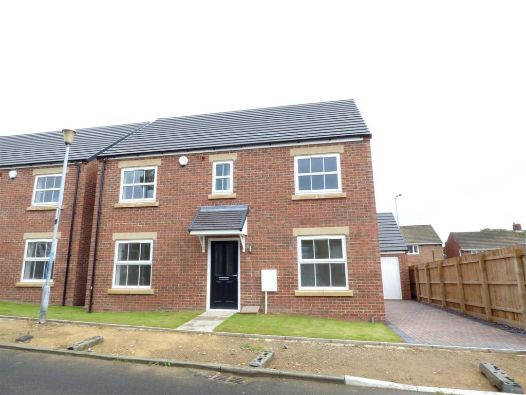 4 Bedrooms Detached House for sale in Farrington Avenue, Sunderland