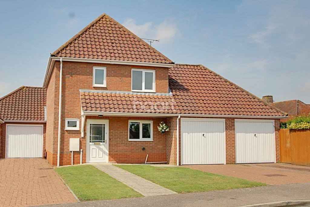 3 Bedrooms Detached House for sale in Meadow Way, Barrow