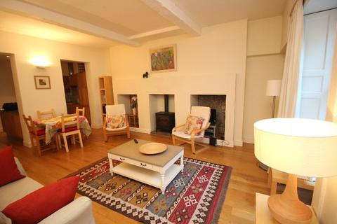 2 bedroom flat to rent - Regent Terrace , Calton Hill, Edinburgh, EH7 5BN