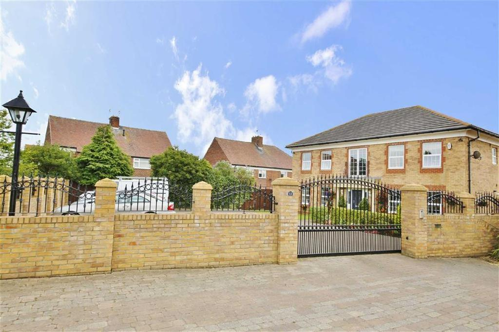 5 Bedrooms Detached House for sale in Hopton Drive, Ryhope, Sunderland, SR2