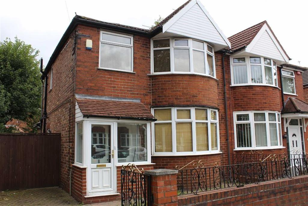 3 Bedrooms Semi Detached House for sale in Great Stone Road, Firswood