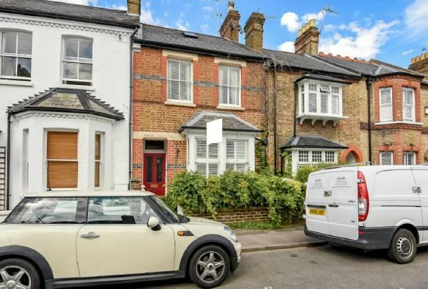 4 Bedrooms Terraced House for sale in Devereux Road Windsor