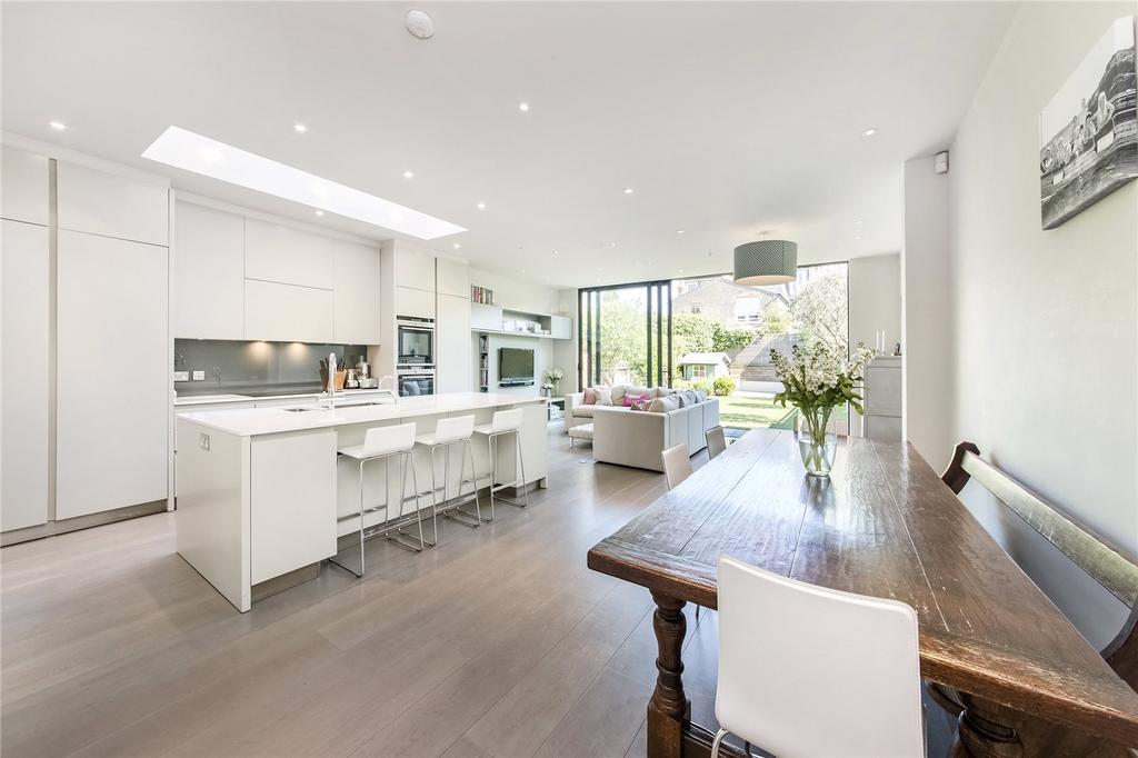 6 Bedrooms Semi Detached House for sale in Ellerby Street, Fulham, London, SW6