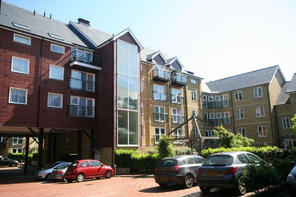 2 Bedrooms Apartment Flat for sale in Fusion Court, Broadmeads, Ware